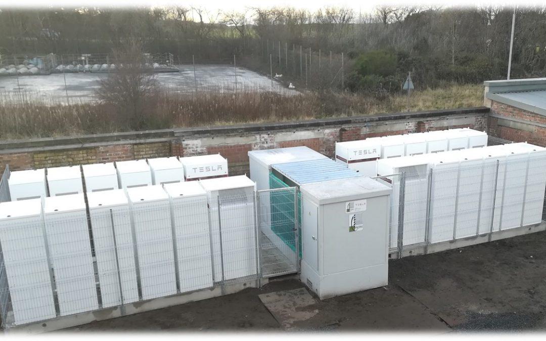 Comisionado de 3xProyectos de Acumulación de Energía con Baterías, REINO UNIDO