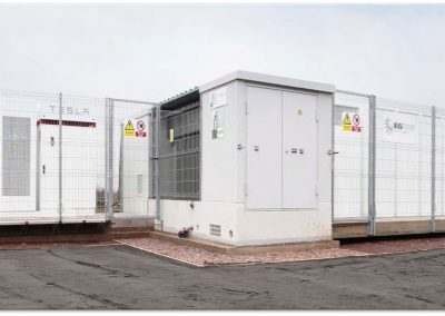 STORAGE PLANT IN CENINRENEWABLES BATTERIES